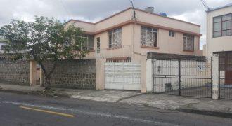 DE OFERTA HERMOSA UBICADA EN EL DORADO EXCELENTE SECTOR JUSTO FRENTE AL PLANETARIO